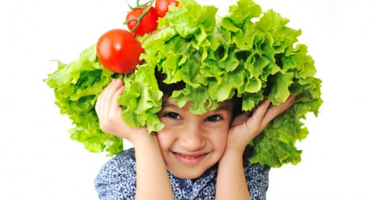 Smarty-Plants---Boy-with-Tomato-on-Head-960x350